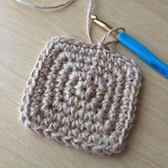 ☆四角の編み方☆の作り方|編み物|編み物・手芸・ソーイング|ハンドメイド | アトリエ