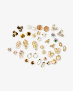 Nude and blushy tones connect the wide mix of stud styles in this handy set. Show your lobes lots of love with rhinestone circles, enameled stars, pretty butterflies, pave-filled nature designs and more!