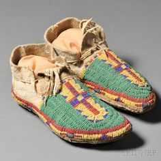 Lakota moccasins, c.19th century.