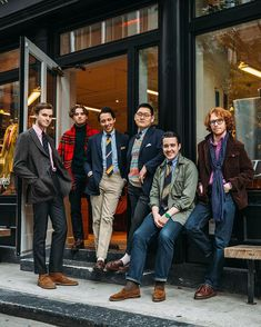 Wishing you all a very happy holidays, from the Drake's team at Crosby. Mature Mens Fashion, Old Man Fashion, Ivy Fashion, Suit Fashion, Ivy League Style, Ivy Style, Men's Style, Layered Fashion, Suit And Tie