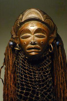 african masks | chokwe mask, artenegro, african art, gallery, angola, chockwe, congo ...