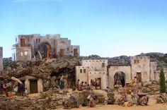 Belén Leganés Pueblo   Leganés expone su Belén y la XVII Fer…   Flickr Christmas Nativity, Christmas Tree, Diving, Mount Rushmore, Mountains, Building, Travel, Image, Minis
