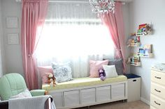 The IKEA Kallax collection Storage furniture is a vital section of any home. Elegant and wonderfully easy the rack Kallax from Ikea , for example. Ikea Furniture, Bedroom Furniture, House Window Design, Space Saving Bedroom, Window Benches, Bench With Storage, Storage Cubes, Bedroom Storage, Girl Room