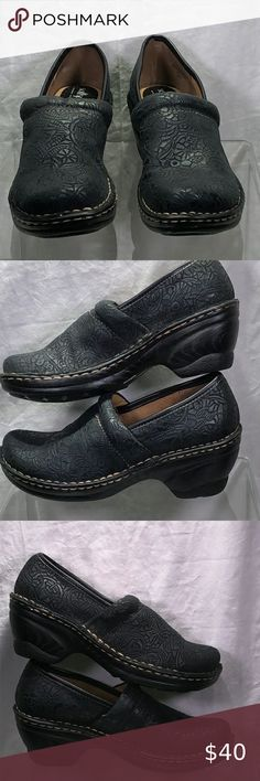 Black Leather Mules, Brown Leather Loafers, Leather Clogs, Clogs Shoes, Mules Shoes, Heeled Mules, Mary Jane Clogs, Slip On Shoes, Loafers Men