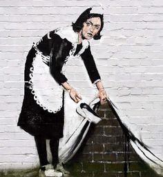 Stenciling - Street Art Banksy-Famous-Graffiti-Artists-Gallery-Street-Art-and-Stencils-banksy. Banksy Graffiti, Street Art Banksy, Murals Street Art, Images Graffiti, Arte Banksy, Graffiti Artwork, Art Mural, Bansky, Graffiti Lettering