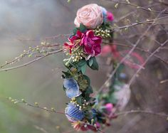 Wreath Folk ... when love blooms flower head by MagaelaAccessories