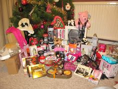 lots of christmas presents | Lots Of Christmas Presents The christmas gifts they