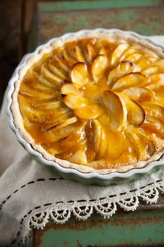 Paula Deen Apple Tart