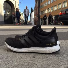 The Adidas Ultra Boost launches today! Available online & in-store #adidas #ultraboost #stormcopenhagen  (at www.stormfashion.dk)