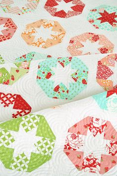 Lollies quilt pattern by Camille Roskelley (Thimble Blossoms)