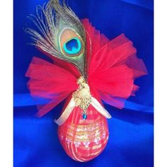 Decorative coconut (Nariyal) with Peacock feather-Wedding-Riha Thali Decoration Ideas, Fruit Decorations, Festival Decorations, Hall Decorations, Engagement Decorations, Indian Wedding Decorations, Coconut Decoration, Trousseau Packing, Wedding Gift Wrapping
