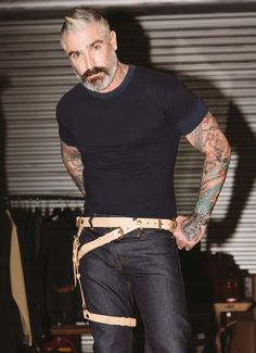 Introducing our new Leg Holster Leather Suspender! - leather - Metal hardware Adjustable straps to convert into different looks & functions The Sheehan & Co. Leg Holster suspender is a great acce Stylish Mens Fashion, Latest Mens Fashion, Diy Fashion, Fashion Design, Stylish Menswear, Fashion 2018, Stylish Outfits, Fashion Ideas, Moustache