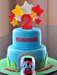 Sweet Kat's Creations: Thomas the Train Real Tunnel Cake....cool tutorial!