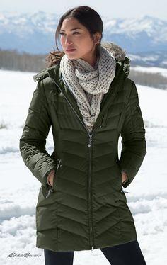 Chamarra verde militar para el invierno.