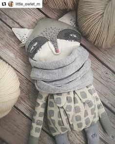 Olga Sokol is an artist based in Saint Petersburg, Russia. She creates amazing animal dolls with s. Sewing Toys, Baby Sewing, Sewing For Kids, Diy For Kids, Baby Puppet, Puppets For Kids, Doll Patterns Free, How To Make Toys, Unique Toys