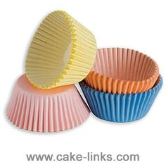 Silicone Baking Cups - Set of 12 Non-stick Reusable Cupcake Liners with Storage Container - Perfect for Muffins, Cupcakes, Frozen Treats, Gelatin, Ice Cream Molds and Bento Lunch Boxes - In 3 Beautiful Colors Red, Blue and Green - FDA Approved 100% Food Grade Silicone - Use in Microwave, Freezer, Oven, Dishwasher Safe Lifetime Guarantee.  Visit http://www.amazon.com/gp/product/B00GCHZEXI for more details