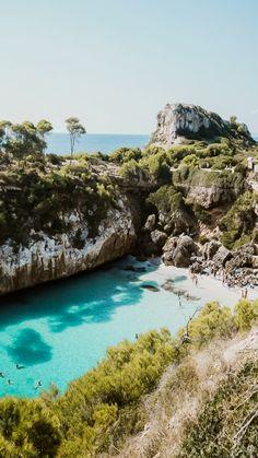 Us Travel Destinations, Places To Travel, Places To Visit, Mallorca Beaches, Honeymoon Night, Honeymoon Trip, Honeymoon Ideas, Oahu, Road Trip