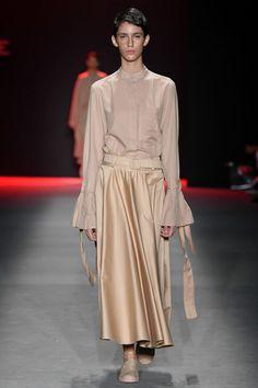 Apresentação de Neriage no #SPFWN47 #SPFW Camisa Formal, Beautiful Outfits, Ideias Fashion, Louis Vuitton, Shirt Dress, My Style, Shirts, Clothes, Dresses