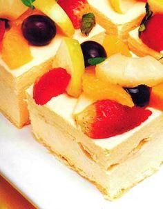 Torta de maracuyá y duraznos http://www.postresypasteles.com/postres-caseros/torta-de-maracuya-y-duraznos/