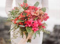 Tropical Hawaiian Bridal Inspiration | WarmPhoto Photography | Bridal Musings…