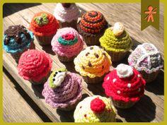 AmigurumisFanClub, ...mini-cupcakes <3 <3 <3 !!!