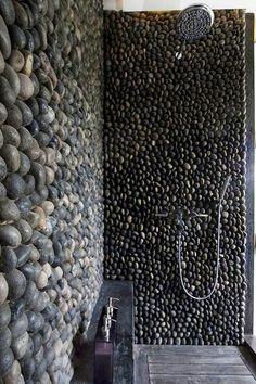 Piedra en las paredes de la #ducha