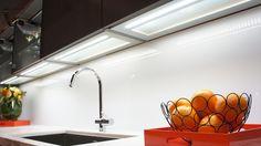 #bauformat #canada #lightedshelf #integrated #led #glassbacksplash #germankitchencabinets