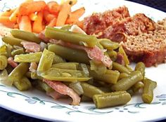 Cracker Barrel Green Beans from Food.com:   								This is the only way I can eat canned Green Beans!