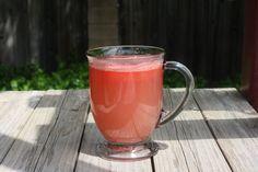 Băutura cu PEPENE ROŞU şi ANANAS ţine sub control pofta de mâncare şi reduce depozitele de grăsime