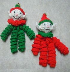 crochet curly elf ornaments ~ free pattern - like the face better than the regular elf from stores