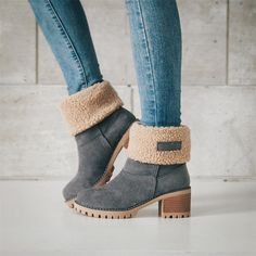 Load image into Gallery viewer, Female Winter Shoes Fur Warm Snow Boots Square Heels Ankle Boots Ankle Snow Boots, Warm Snow Boots, Snow Boots Women, Women's Boots, Bearpaw Boots, High Boots, Snow Boots Outfit, Bootie Boots, Heels