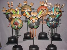 Native American Masks, Easy Crafts To Sell, Diy Crafts, Paper Feathers, Ceramic Mask, Hand Painted Gourds, Spirited Art, Masks Art, Gourd Art