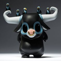 "SpankyStokes.com | Vinyl Toys, Art, Culture, & Everything Inbetween: JPX × Coarse Toys's ""KWAII: Clomp"" limited edition vinyl buffalo figure!"