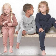 Best friends ☘️ #nordiclabel #basic #wardrobe #boys #girls #scandinaviandesign #fashion #kidswear #essentials Scandinavian Design, Kids Wear, Best Friends, Label, Essentials, Girls, Instagram, Fashion, Bestfriends