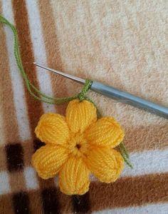 Crochet Crafts, Crochet Doilies, Crochet Stitches, Crochet Girls Dress Pattern, Crochet Patterns, Diy Crafts To Sell, Knitted Hats, Crochet Necklace, Hair Accessories