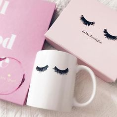 eye-lash-curlers-your-secret-to-big-and-beautiful-lashes - More Beautiful Me 1 Eyelash Curler, Eyelash Extensions, Lash Quotes, Pink Vanity, Lash Room, Beauty Lash, Artsy Photos, Motivational Gifts, Magnetic Eyelashes