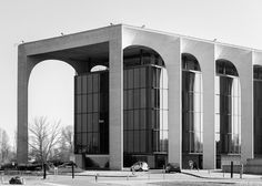 Sede Mondadori | Oscar Niemeyer on Behance