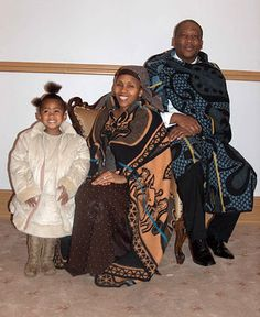 Princess Senate, Queen 'Masenate and King Letsie III of Lesotho Black King And Queen, Shweshwe Dresses, African Royalty, African Men Fashion, African Attire, My Hero Academia Manga, The Twenties, Beautiful People, Lady