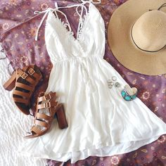 easy breezy sunday (shop link in bio) I Love Fashion, Teen Fashion, Passion For Fashion, Fashion Outfits, Womens Fashion, Casual Dresses, Casual Outfits, Cute Outfits, Summer Dresses