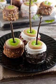 Ultimate Caramel Apples - A Favorite Fall Treat - Cooking Classy