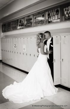 Highschool Sweethearts - This is the cutest picture I have ever seen! I have to do this!