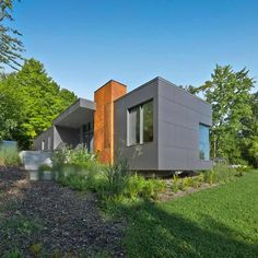 T House 8 Impressive Modern Country Retreat in Quebec, Canada: T House