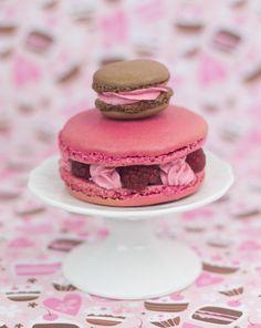 Objetivo: Cupcake Perfecto.: Macarons de chocolate y fresa (Obsesión Macarons, primera parte)