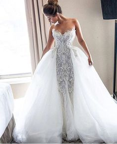 Fabulously glamorous wedding dress