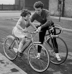 Beryl Burton and daughter Denise