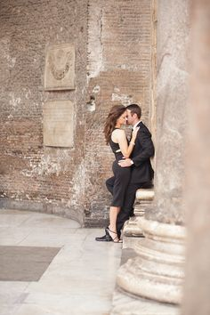 Marriage Proposal Ideas from HowHeAsked What to Wear for your Engagement Shoot