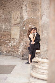 Romantic Rome Engagement Shoot | Teresa Carnuccio | In Love Italy Photography | Bridal Musings Wedding Blog 9