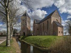 Stichting Oude Groninger Kerken | Groninger Kerken Digitaal | Onze kerken: Zeerijp