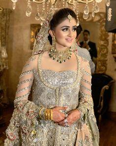 Beautiful Bridal Dresses, Girl Gang, Outfits, Brides, Fine Art, Weddings, Fashion, Outfit, Moda