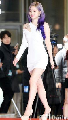 Lovely Twice Photo Part 85 - Visit to See More - AsianGram Kpop Girl Groups, Korean Girl Groups, Kpop Girls, Nayeon, Asian Woman, Asian Girl, Twice Dahyun, Twice Kpop, Pop Fashion